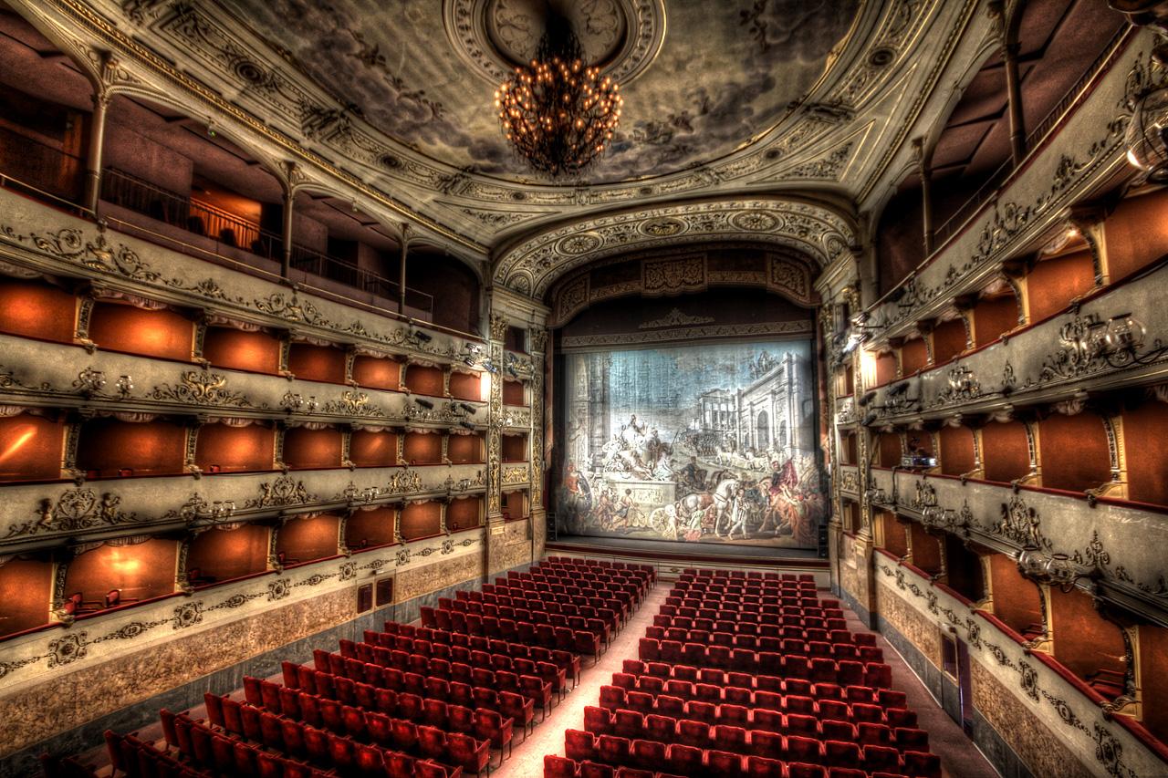 Reanudar excursiones para descubrir los secretos del Teatro La ...