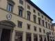 Il Papa arriva a Firenze e sul palazzo arcivescovile manca lo stemma papale