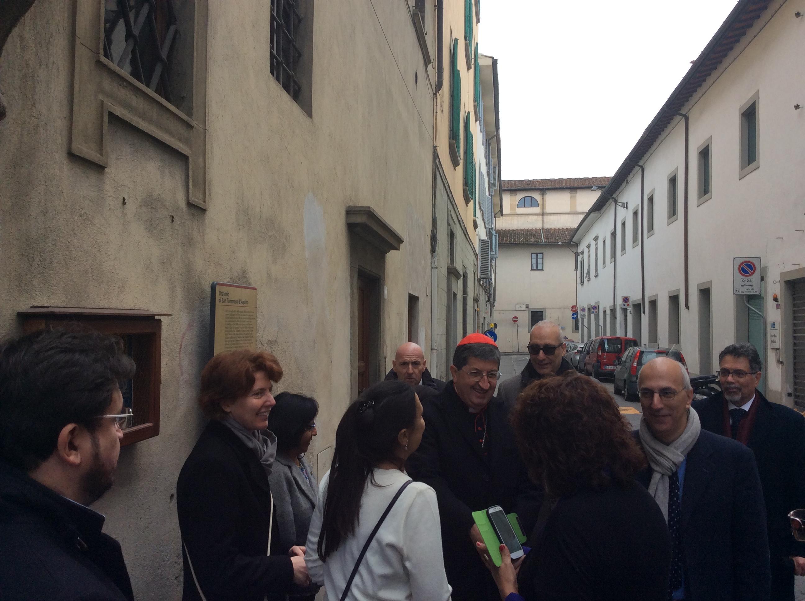 Pranzo natalizio per il Cardinale Betori con i poveri di Sant'Egidio ...