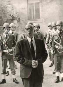 Ispettore Michele Ferlito Direttore Carcere le Murate con Guardie Carcere Nov. 1966