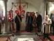 Omaggio alla tomba di Donatello nella cripta della Basilica di San Lorenzo