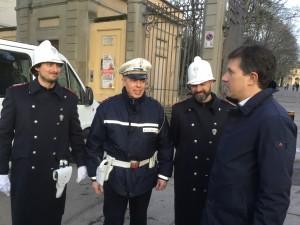 Sindaco Nardella con vigili - Foto Giornalista Franco Mariani (1)