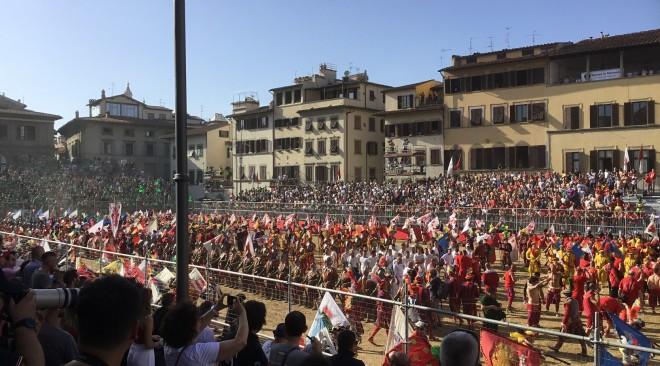 Calcio Storico Fiorentino – Torneo 2019:  sfilata corteo storico e partita Verdi-Rossi