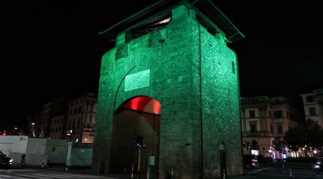 Nuova illuminazione per Porta alla Croce in Piazza Beccaria