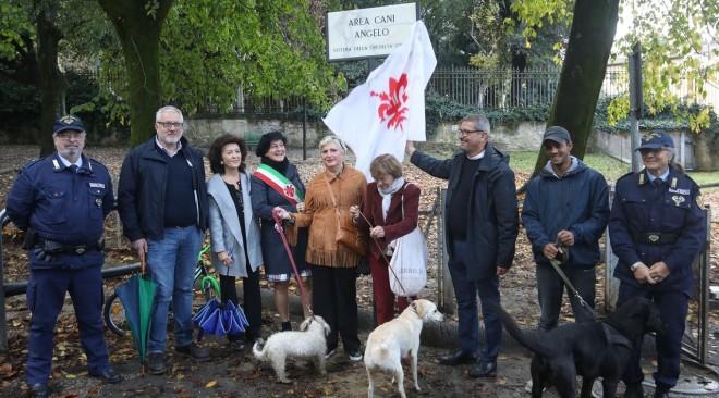 Il Comune di Firenze intitola 4 aree cani a 4 cani famosi