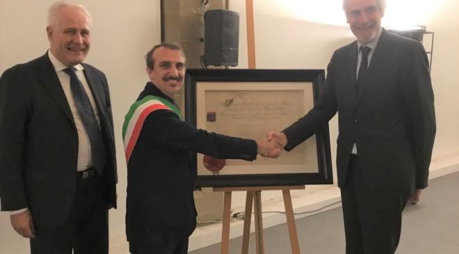 Napoleone Bonaparte a Firenze: Il Giglio simbolo del Comune cambiato e il titolo di Bonnes Ville