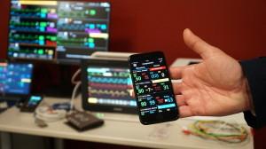 smartphone per controllo pazienti negli ospedali